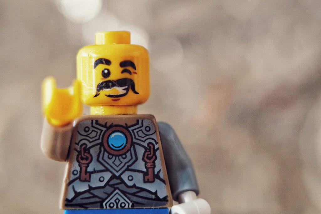 Legomännchenportrait mit Makroring