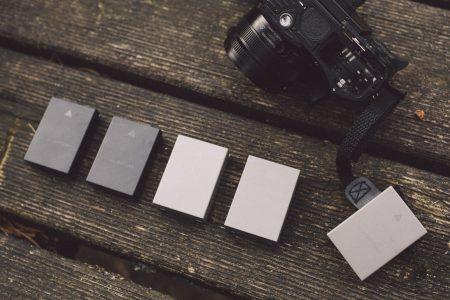 Schwarze und graue